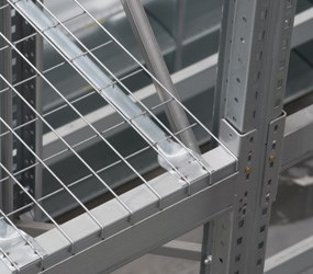 Wiremesh shelving